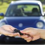 車を売却する際、近くの中古車店に車を直接持って行ってはいけない!