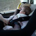 チャイルドシートに赤ちゃんを乗せて車を運転する時の注意点とは!