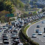 渋滞発生の原因および対策 なぜ高速道路で数十キロの渋滞ができる?